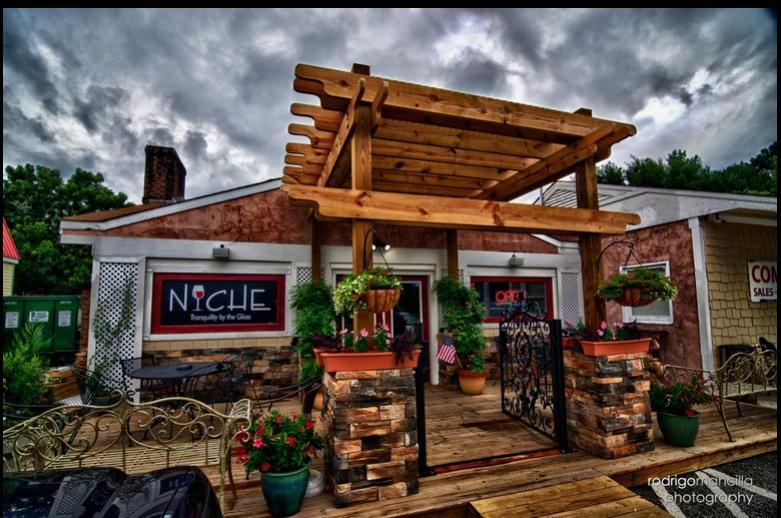 Niche Wine Lounge
